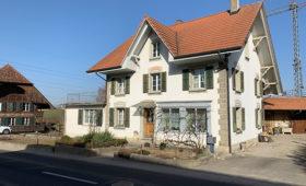 Umbau Zweifamilienhaus Kriechenwil